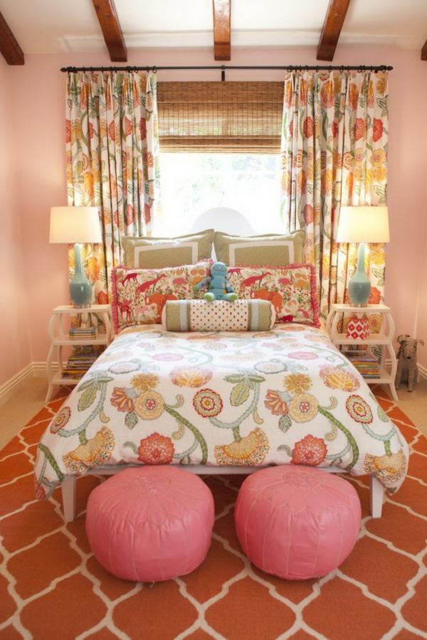 gardinenvorschläge-dekorative-blumen-schlafzimmer
