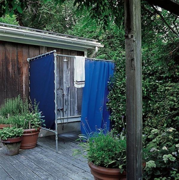 holzdusche selber bauen innenarchitektur und m belideen. Black Bedroom Furniture Sets. Home Design Ideas