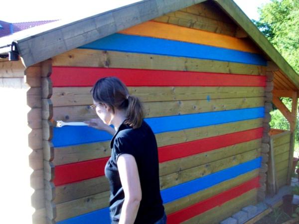 gartenhaus-streichen-sehr-interessant gestaltet