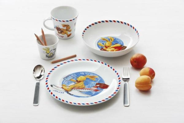 geschirrsets-für-kinder-wunderschönes-modell-  drei pfirsiche daneben