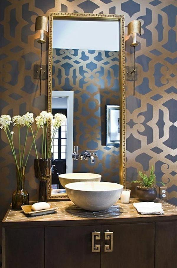 gold-blaue-schicke-tapete-für-badezimmer