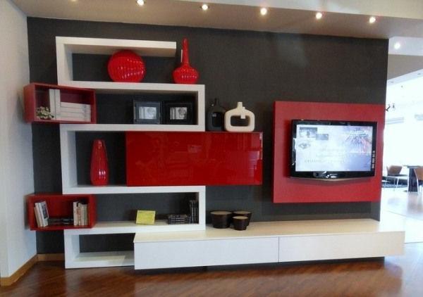 wohnzimmer rot braun:Moderne Farbkombination-braune Wand, rote und weiße Regale