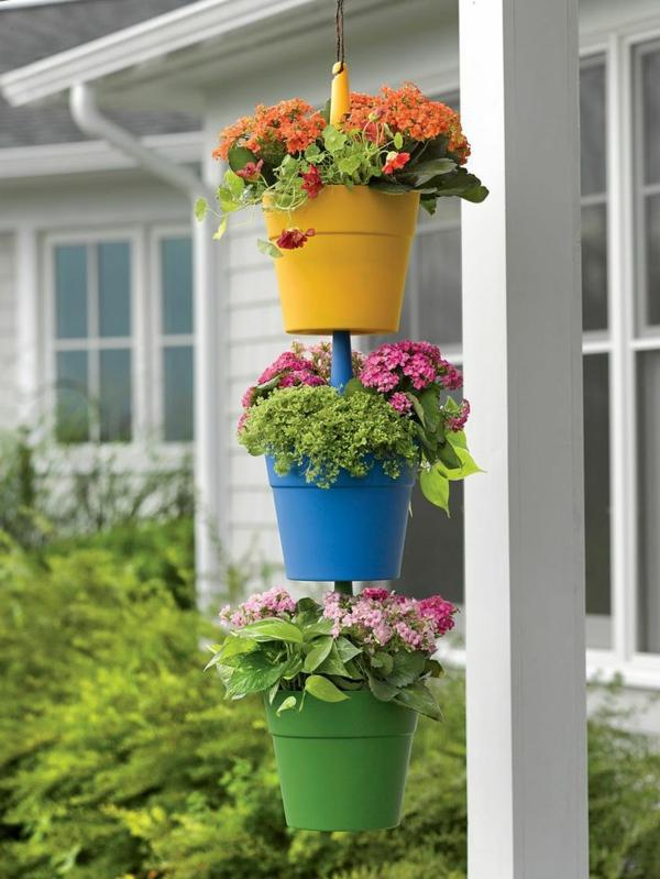 hängende-balkonpflanzen-gelb-blau-gr[n