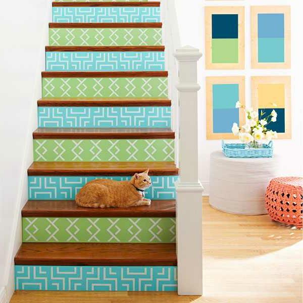 holztreppe streichen farbig und kreativ. Black Bedroom Furniture Sets. Home Design Ideas