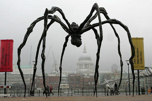 künstler-skulpturen-Louise Bourgeois's