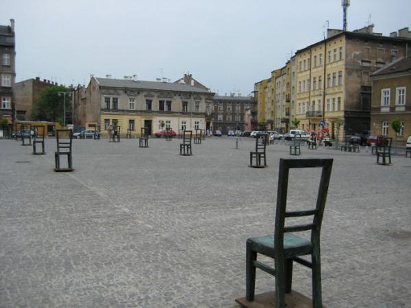 künstler-skulpturen-memorial-juden-krakow