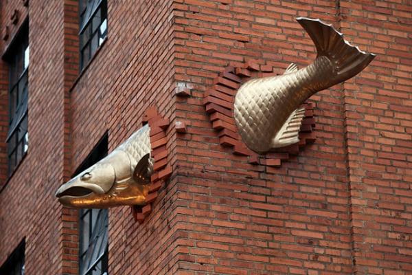 künstler-skulpturen-salmon-portland
