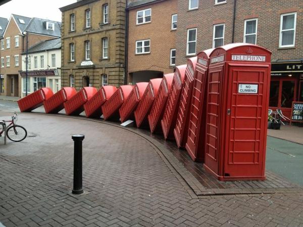 künstler-skulpturen-telehphone-london