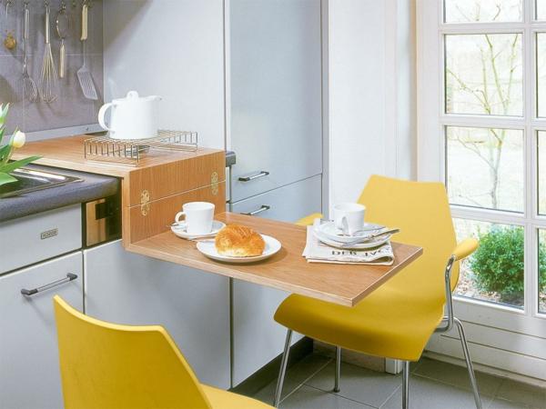klapptisch-aus-holz-für-kleine-küche