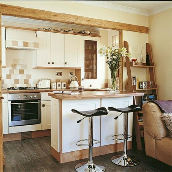 kleine-küche-mit-einem-esstisch-platz-optimieren