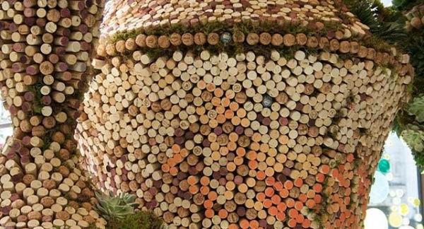 korkenkunst-interessante-dekoration-für-draußen