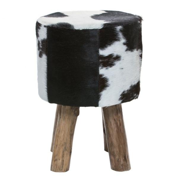 kuhfellhocker oder sessel wie kann man extravagant sein. Black Bedroom Furniture Sets. Home Design Ideas