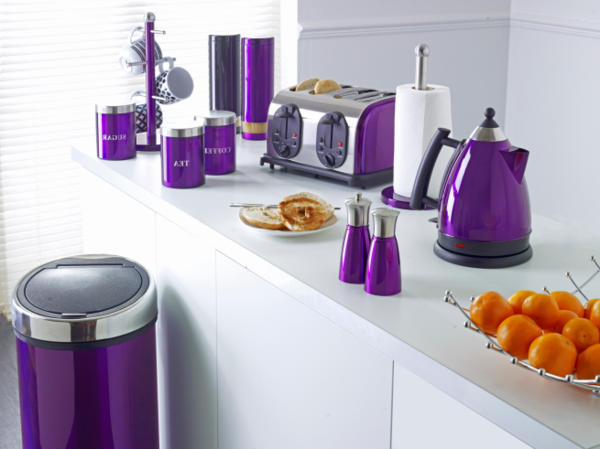 lila-farbtöne-purple-kitchen-accessories