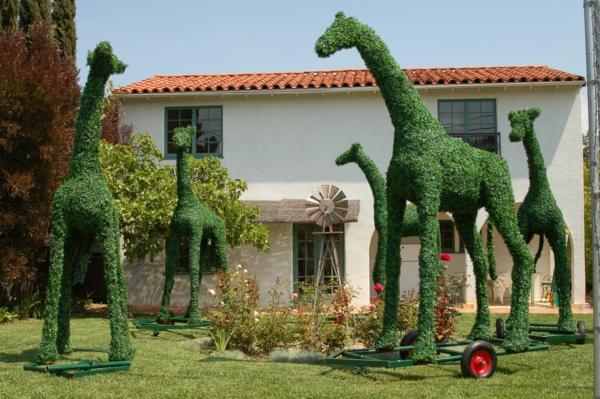 lustige-gartenfiguren-giraffe-mosaic