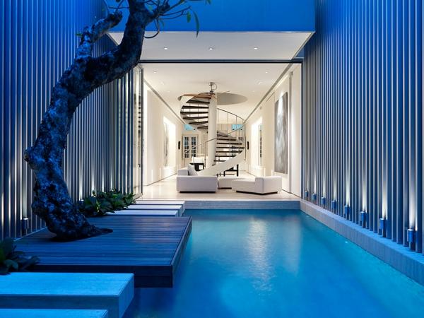moderne-fassade-für-häuser-blaue-gestaltung- kreative innenarchitektur