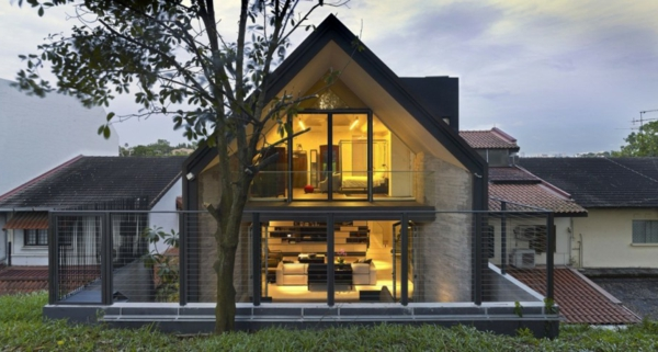 moderne-fassade-für-häuser-schönes-dach -gut beleuchtet