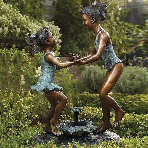 moderne-gartenskulpturen-mädchen-tanzen