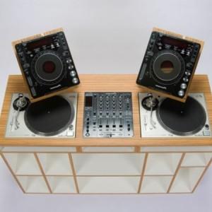 Moderne Dj Tische - 30 super Beispiele!