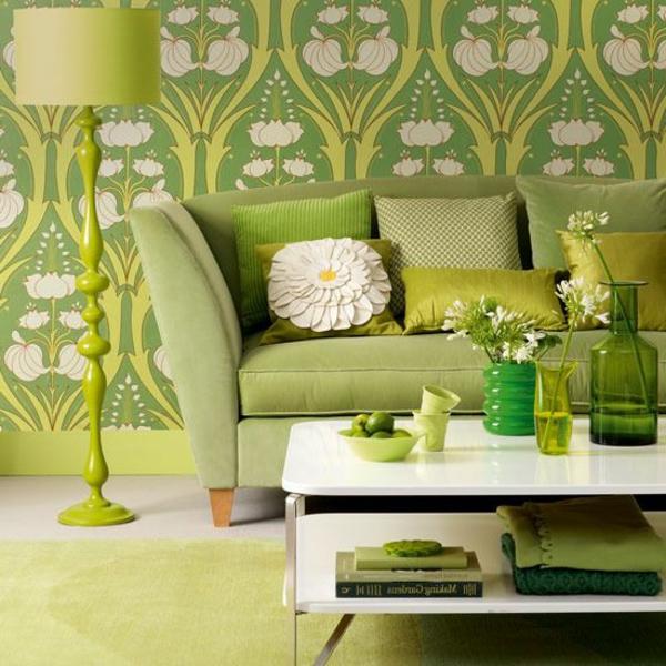 moderne-tapeten-in-olivgrün-mit-pflanzenmotiven-und-grüner-Teppich
