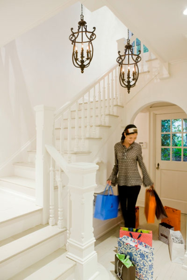 flur gestalten mit treppe verschiedene ideen f r die raumgestaltung inspiration. Black Bedroom Furniture Sets. Home Design Ideas
