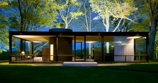modernes-design-ein-wunderschönes-modernes-glashaus