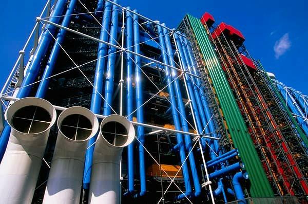 museum-als-moderne-architektur-Pompidou-Zentrum
