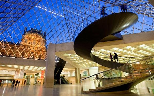 museum-als-moderne-architektur-louvre-3
