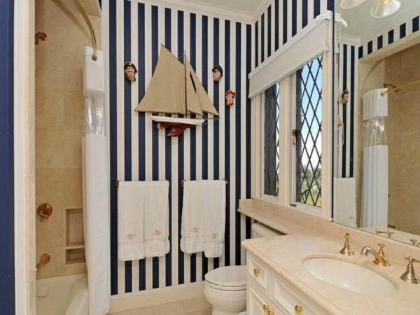 nautisches-design-badezimmer-streifen