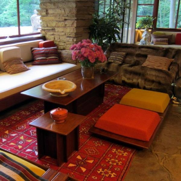 orient-möbel-orientalische-sitzkissen-nesttisch aus holz