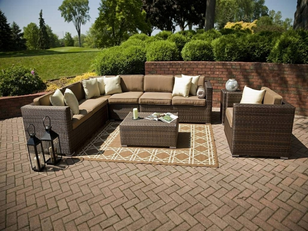 outdoor-rattanmöbel-tisch-und-stühle4