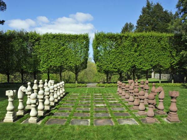 outdoor-schach-größerer-garten