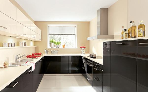 Möbel, die das Licht reflektieren, sind auch für den kleinen Raum ...