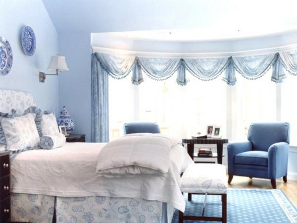 Wandfarben blau raum und m beldesign inspiration for Wandfarben blau