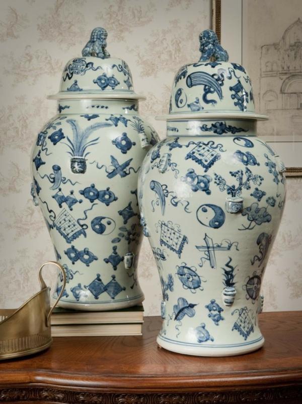 porzellan-in-blau-und-weiß-becher