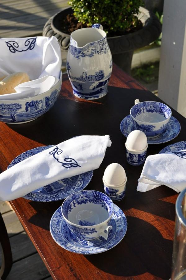 porzellan-in-blau-und-weiß-essservice