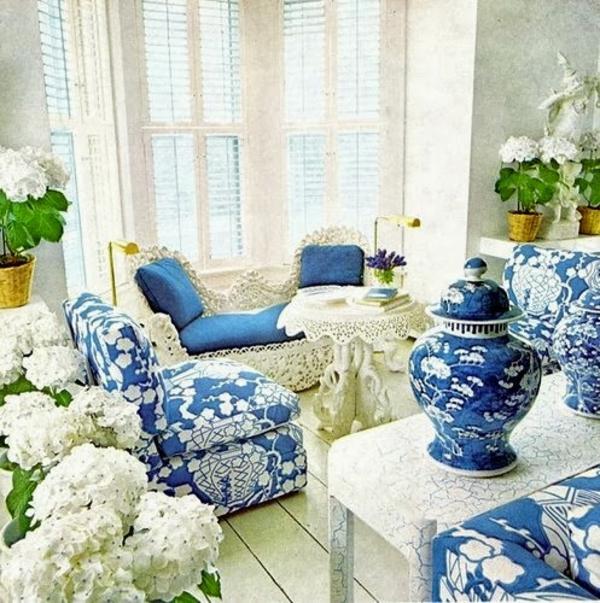 porzellan-in-blau-und-weiß-retro