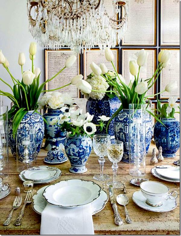 porzellan-in-blau-und-weiß-tischdekoration