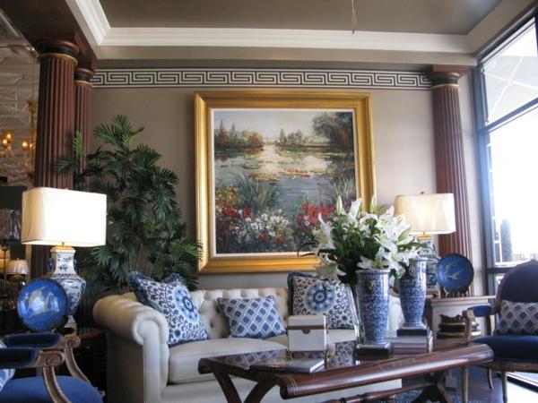 klassisches porzellan in blau und wei als dekoration zu
