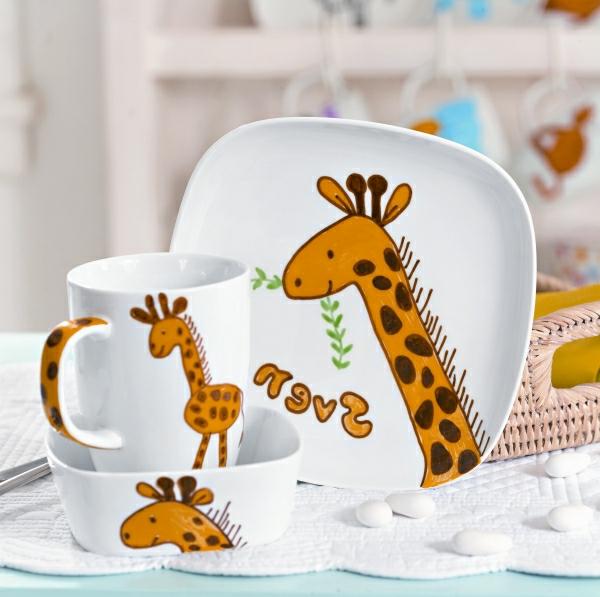porzellan-kindergeschirr-sehr-süß-aussehen- giraffe bemalungen