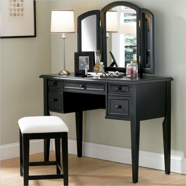 schminkkommode das lieblingsm belst ck der frauen. Black Bedroom Furniture Sets. Home Design Ideas