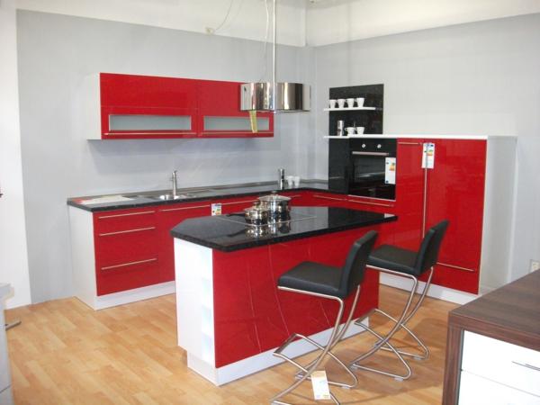 rote-farbe-Nova Lack Rot
