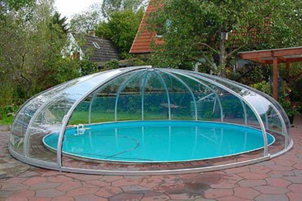 runde-pools-schönes-modell-überdachtes modell