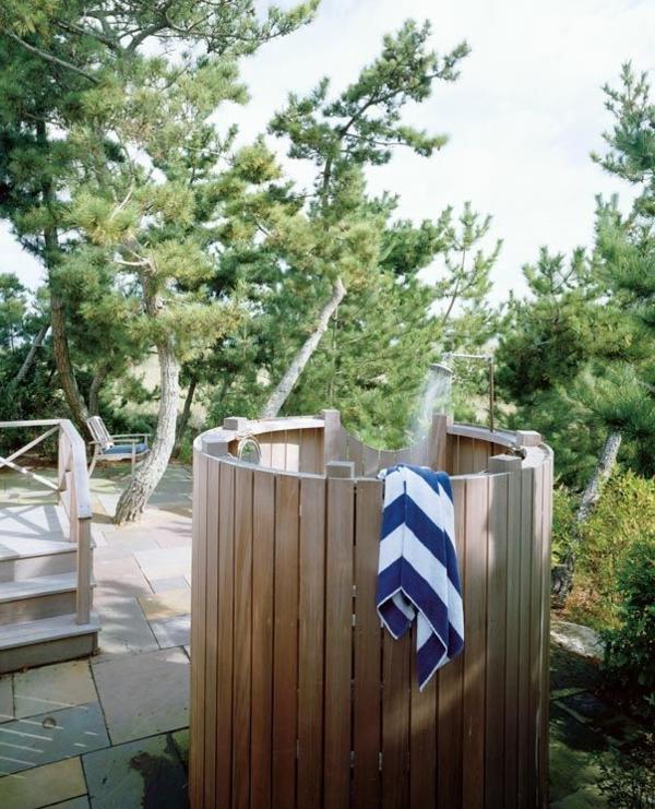 Ritterburg aus holz fur garten - Holz sichtschutz fur garten ...