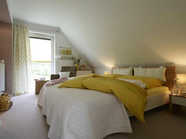 schlafzimmergestaltung-ideen-schräge-wände-richtig-gestalten-nach-feng-shui-prinzipien