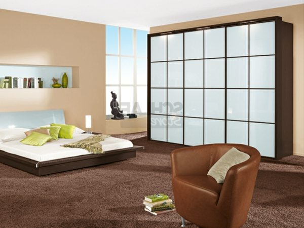 schlafzimmerschranksysteme f r ihre wohnung. Black Bedroom Furniture Sets. Home Design Ideas