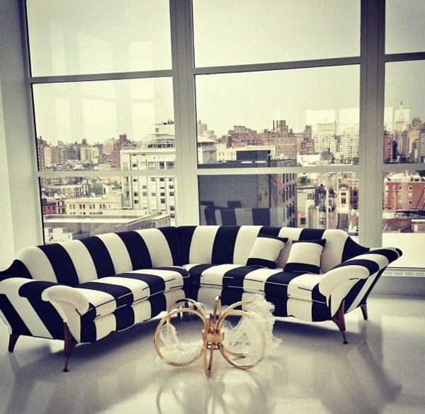 schwarz wei in streifen sofa2 - Schwarz Wei Sofa