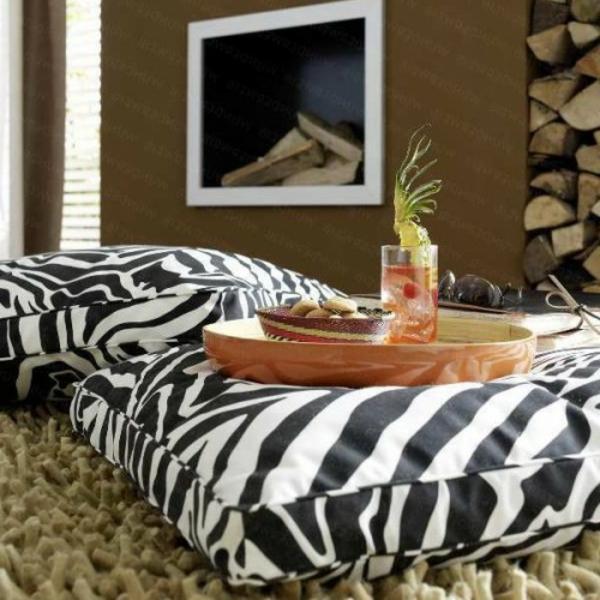 sirtkissen-orientalische-zebra- eine schöner kamin