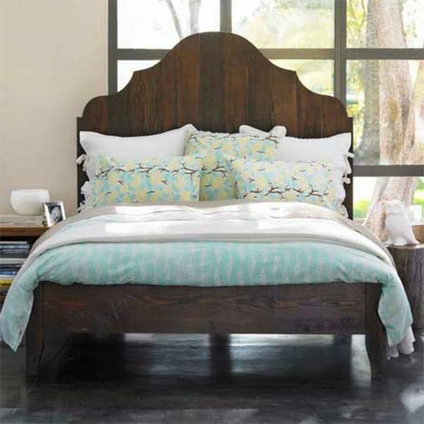 skandinavisches-schlafzimmer-einrichten-originelle form für ein kopfbrett