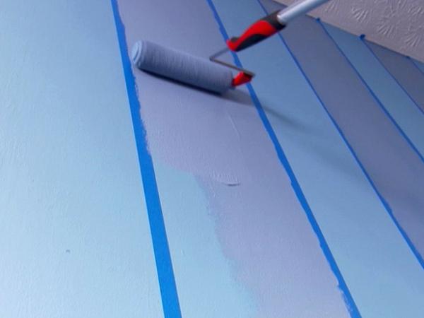 streifentapete-in-blau-beispiel2