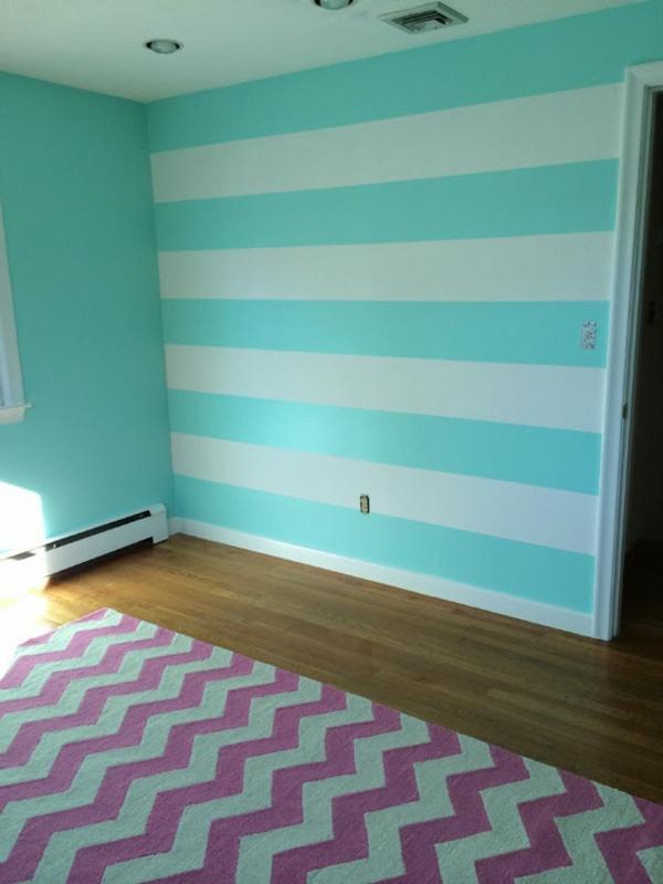 wohnzimmer wandgestaltung streifen wohnzimmer dachschr ge bilder moderne zweifarbig